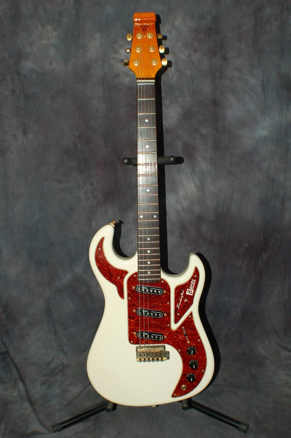 2002 Burns Of London Marquee Club Series Shadow White Pro Setup New Profile Gigbag Lawman Guitars Reverb Guitar Marquee Guitar Collection