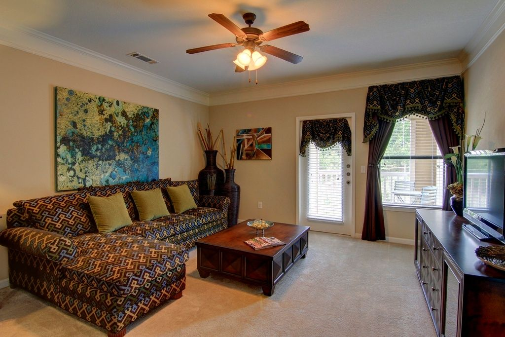 Traditional Living Room with Carpet, Crown molding, Swags Galore Imperial Dress Duchess Valance, flush light, High ceiling