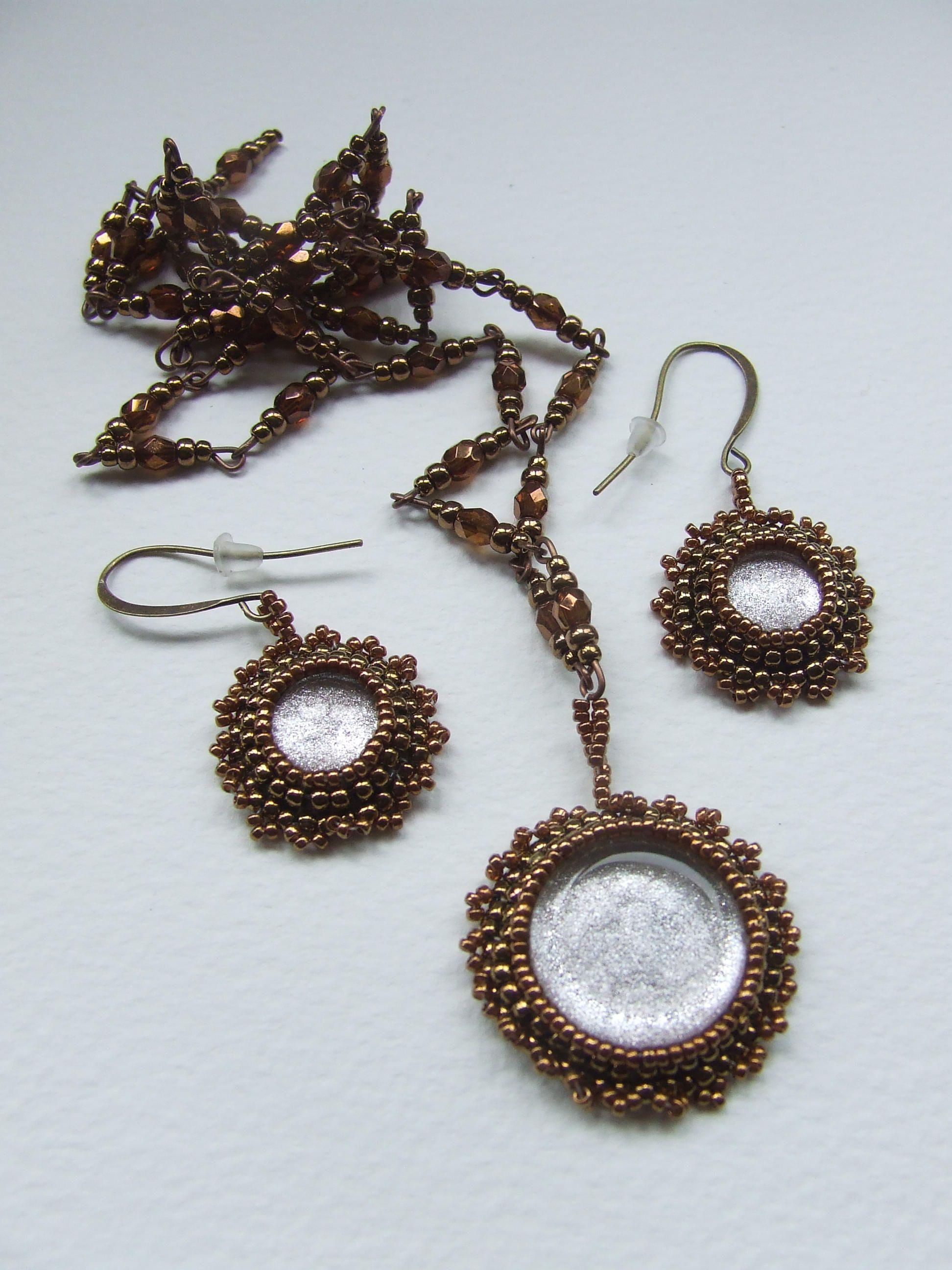 Bronze pendant set necklace and earring set metallic cabuchon