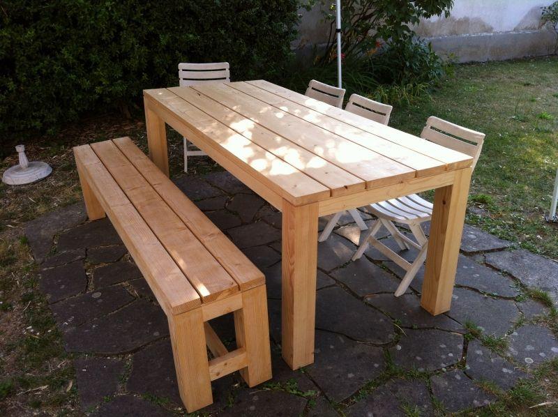 Une table de Réunion par sbu Patios - plan pour fabriquer un banc de jardin