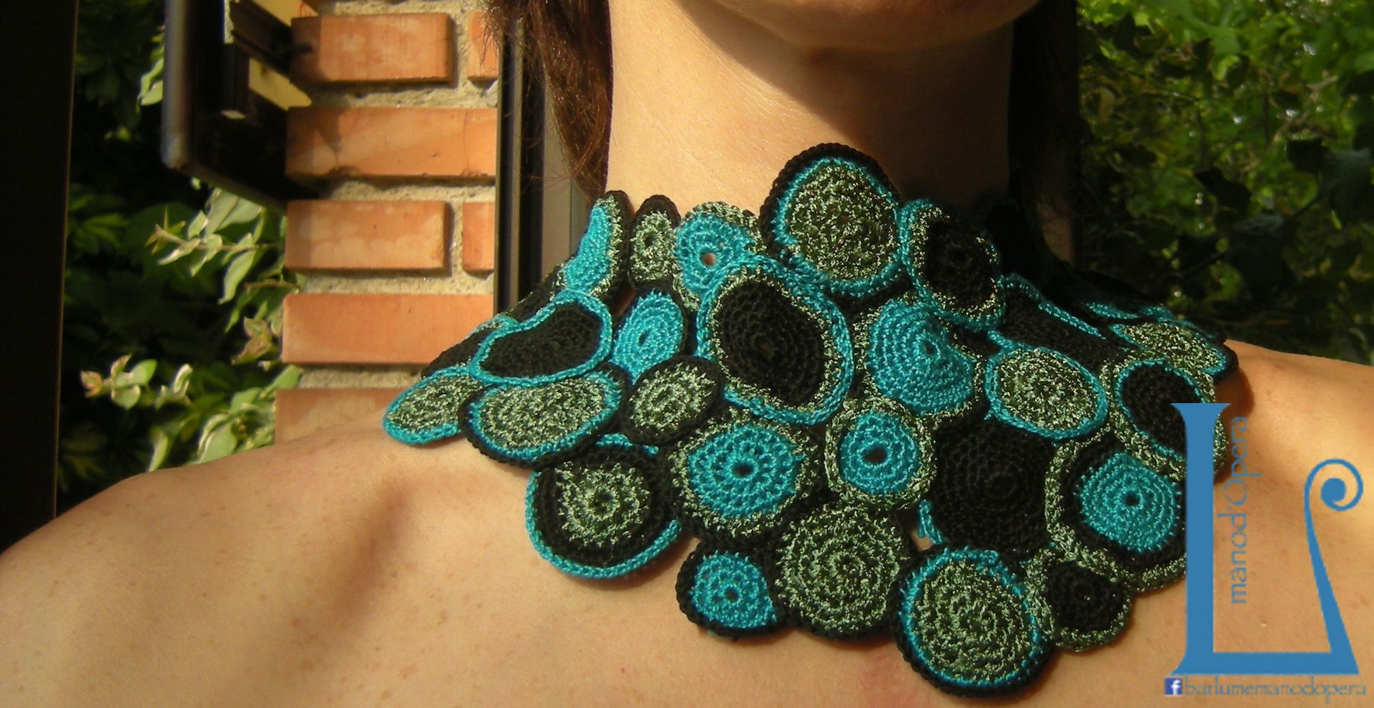 Bubbles necklace.Crochet.Cotton. Handmade by Barlume Manod'opera.