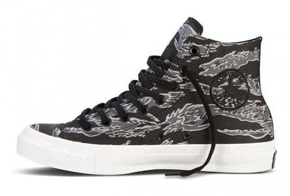 Chuck taylors, Camo shoes