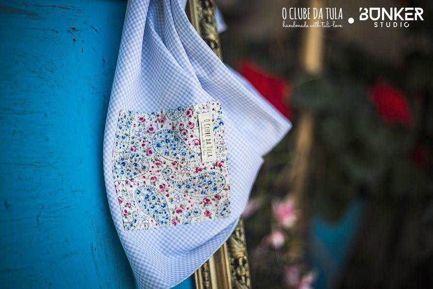 Light blue Vichy Civic Dog® scarf, square pocket. http://civicdog.com/product/tuli-pañuelo-civic-dog-vichy-celeste