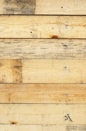 How to fill gaps in floor boards    using hemp rope (eHow UK