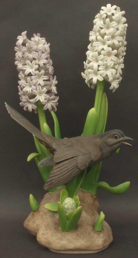 Boehm Boehm Birds Catbird With Hyacinths - No Box