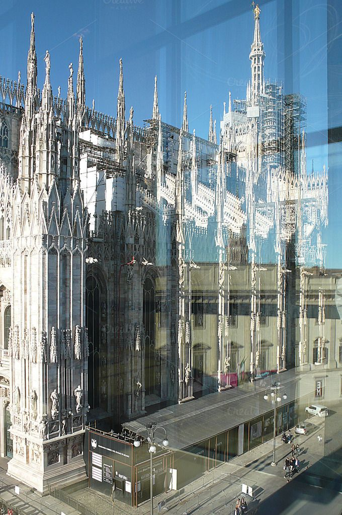 Milan duomo with a twist (2) - Architecture