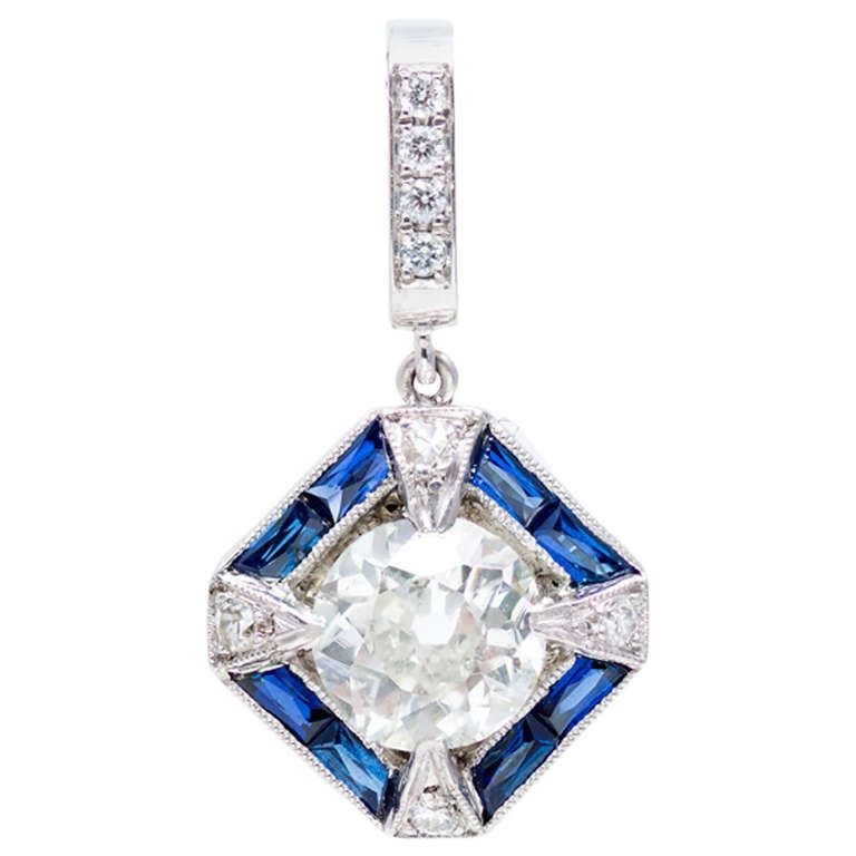 Art Deco Sapphire Diamond Platinum Pendant. Very special original Art Deco Platinum diamond caliber Sapphire pendant, circa 1920