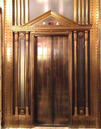 Hotel Bristol Vienna, elevator