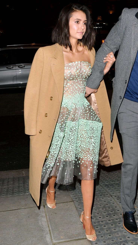 Celebrity dating dress up igre
