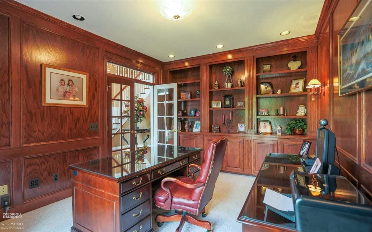 Distinguished U0026 Classy Just As A Home Office Should Be | 54498 Carrington,  Shelby