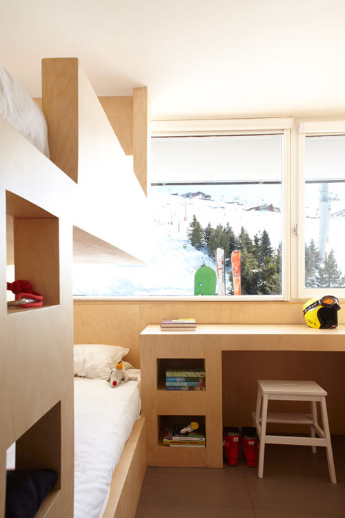 Ski Resort Cabin by h2o Architectes Cabin, Flats and Small spaces
