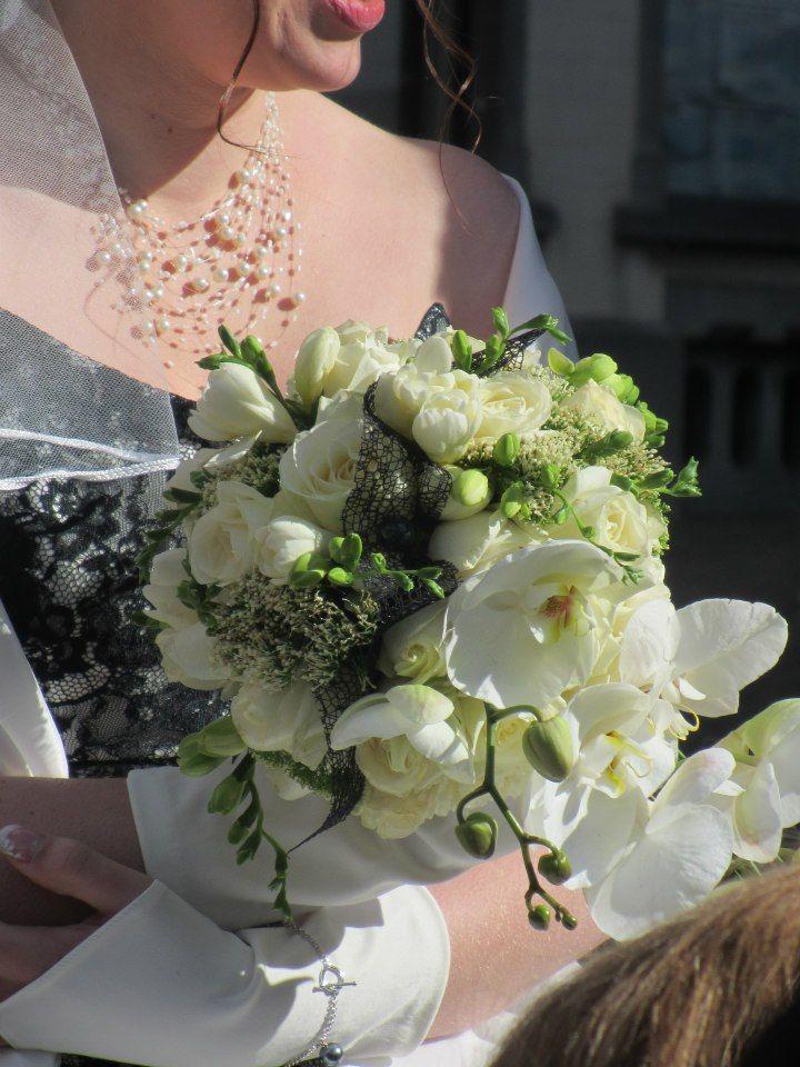 Bouquet de mari e orchid es mariage pinterest orchid es bouquet et mari es - Bouquet mariee orchidee ...