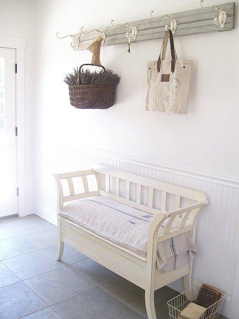 Secret Garden Cottage: MY MUDROOM ENTRYWAY