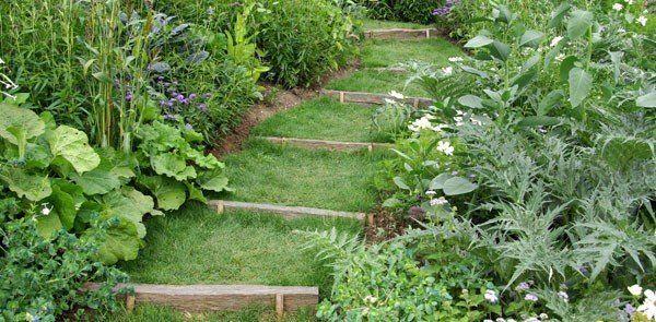 Aménagement du jardin  escalier en traverses Gardens