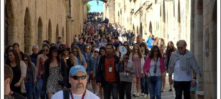Rhodos stad fylldes med turister - Rhodos Blogg