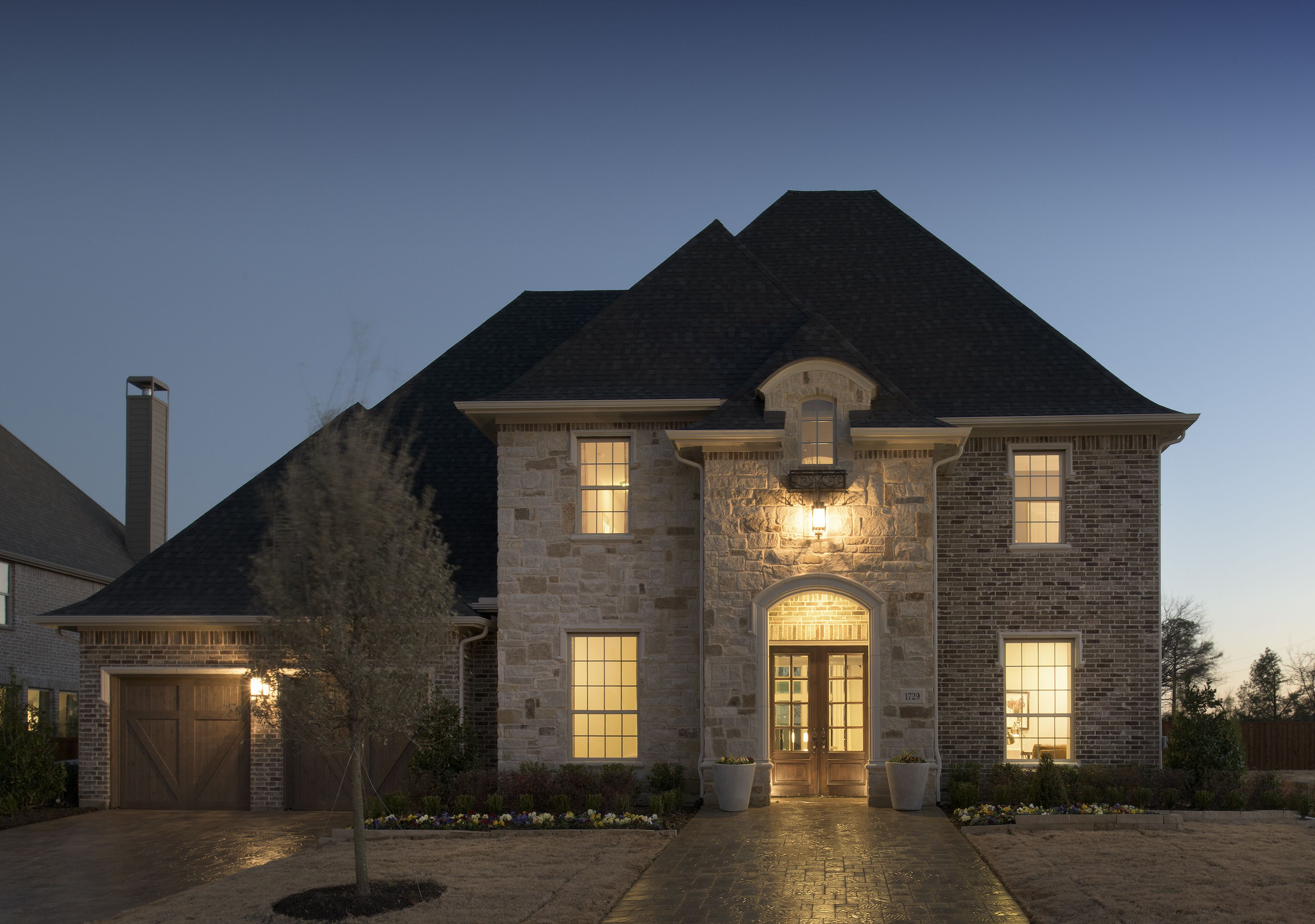 A stunning first impression! curbappeal Curb appeal