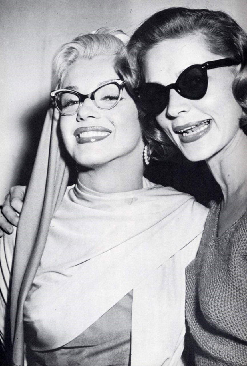 Valora la amistad (Incluso la de las morenas) Marylin Monroe and Lauren Becall