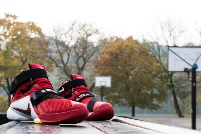 best cheap 6de74 30579 Nike Zoom LeBron Soldier 9 review is out. What can I say, they kick LeBron  13 s ass.