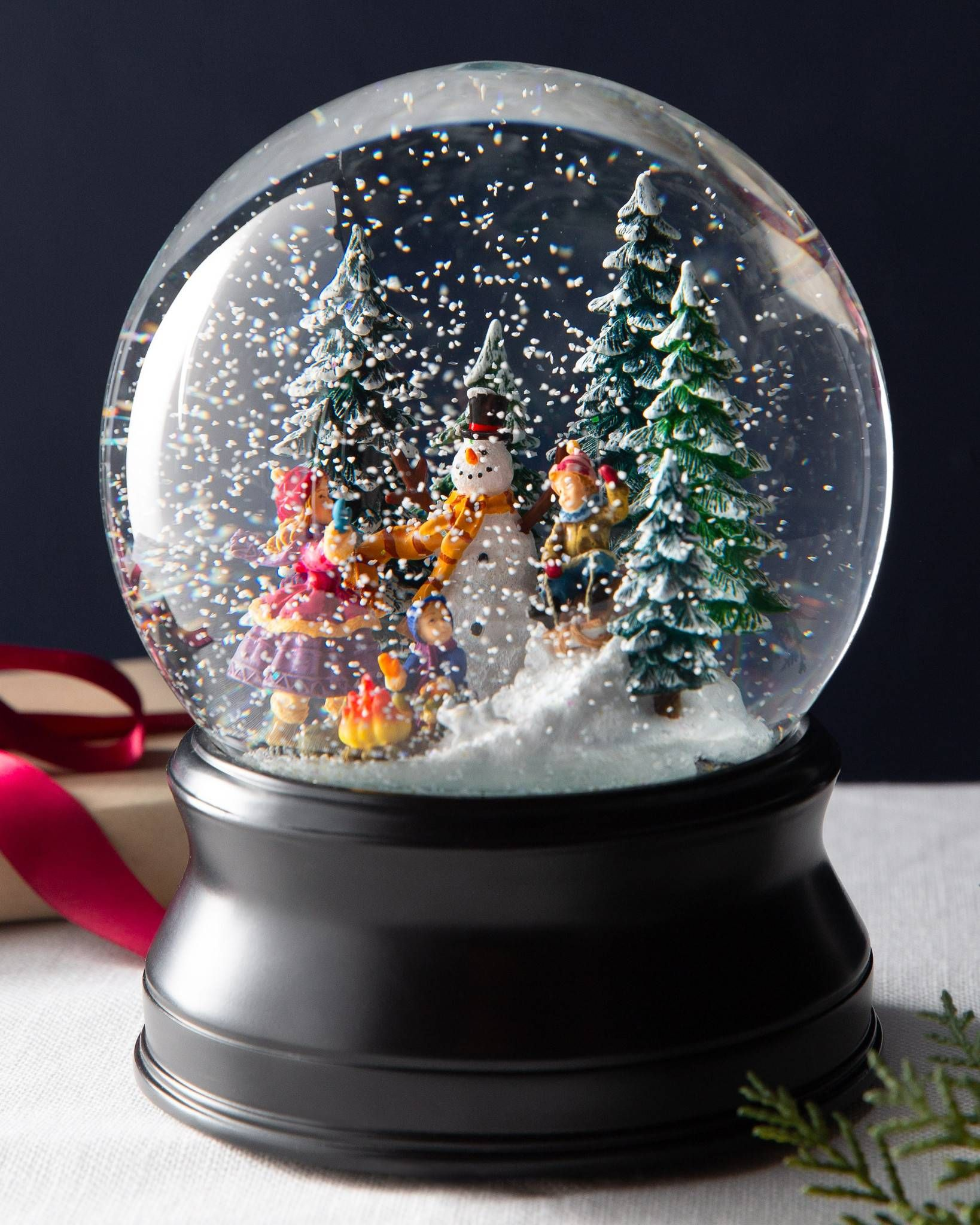Christmas Moments Musical Snow Globe Musical snow globes