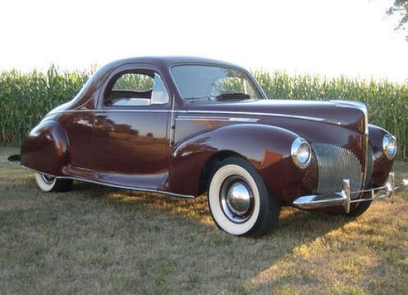 1940 Lincoln Zephyr 3-Passenger V12 Coupe