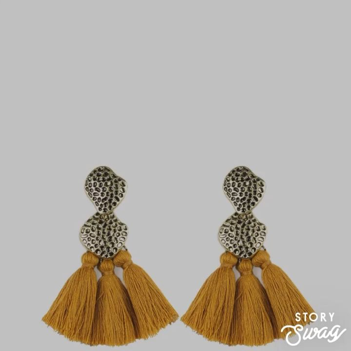 Who doesn't love a good tassel. #tasselearrings #paparazziaccessories #fashion #earrings #tiptuesday