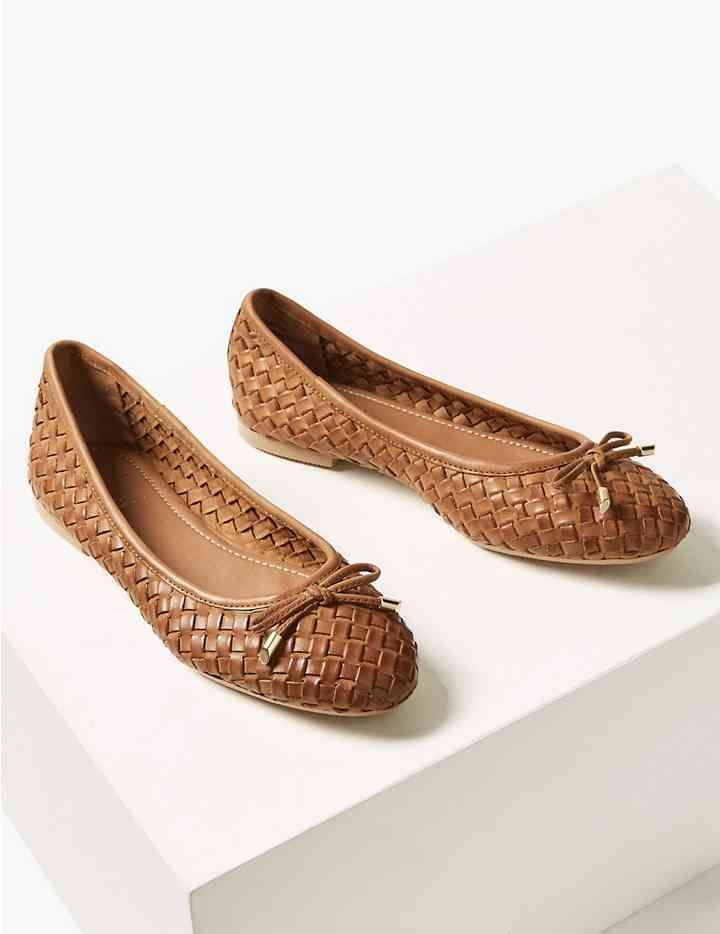 7df58191b385 Leather Weave Ballet Pumps in 2019