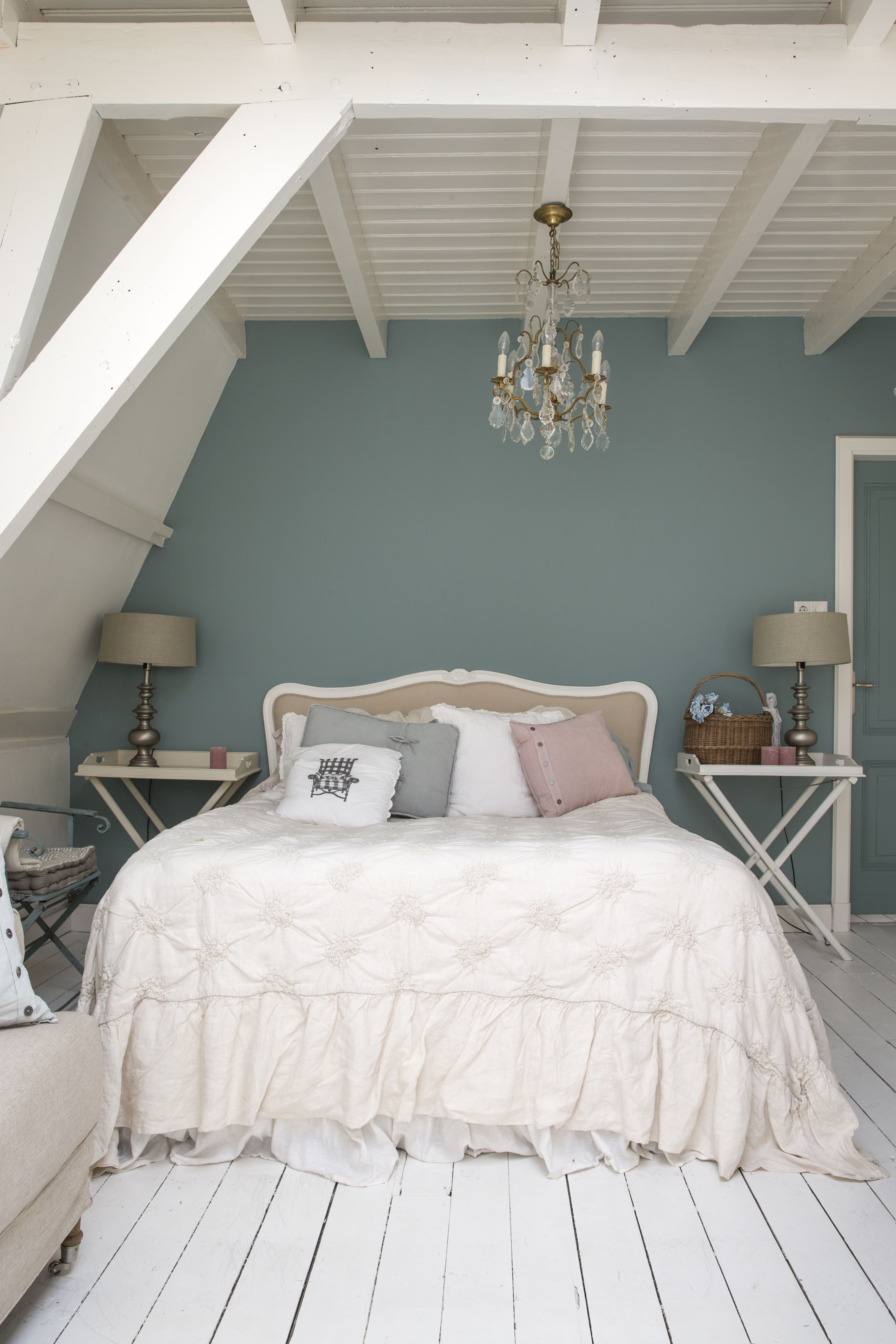 French Romantic Bedroom #interior Decorator Petra Postmus  (www.petrapostmus.nl)