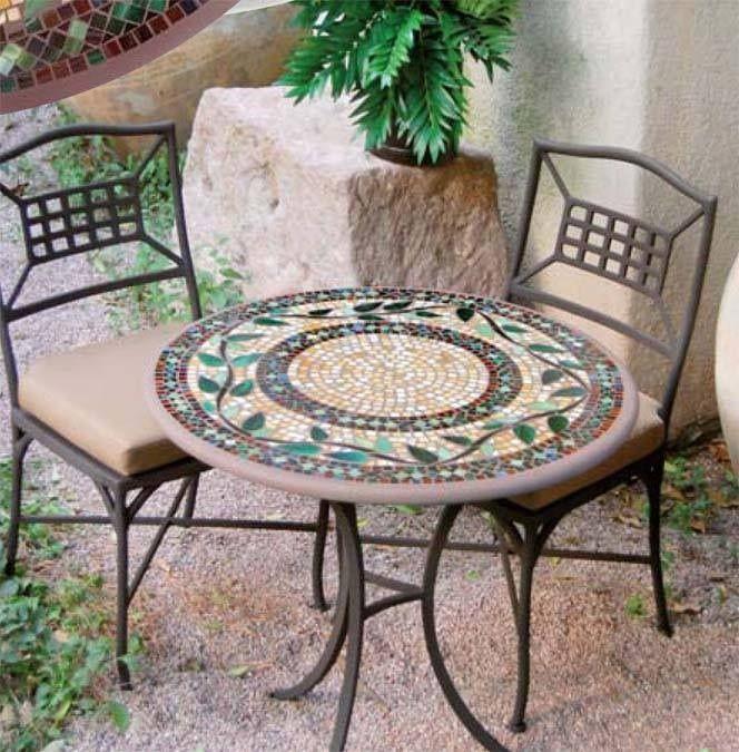 Renovar mesa jardin con tecnica de mosaico terraza for Mesas para terrazas pequenas
