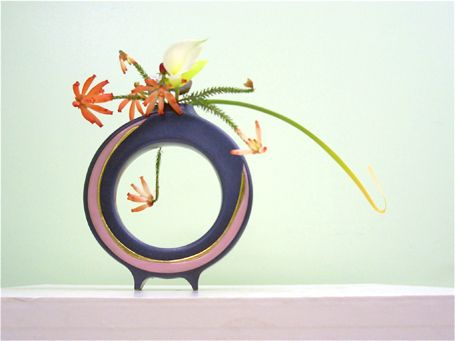 Ikebana Japanese floral art. nori_noda_ikebana04-1