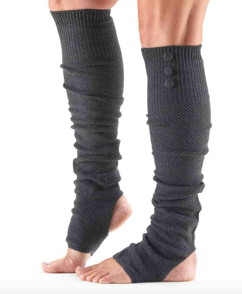 Keep warm for your dance classes with these stylish leg warmers from ToeSox. The 3 button design adds a lovely detail to these open heel leg warmers. #ballet #dance #legwarmers