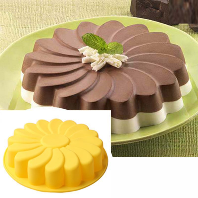 Silicone Flower Kitchen Round Bread Cake Chocolate Pizza Mold