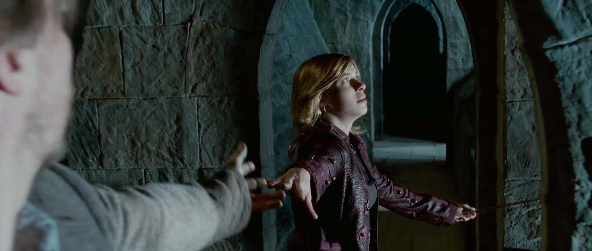 Tonks Lupin Image Tonks Lupin In Deathly Hallows Pt 2 Trailer Tonks And Lupin Remus And Tonks Harry Potter Pictures