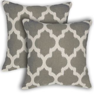 @Overstock - Liam Geometric 17-inch Decorative Throw Pillows (Set of 2) - Enhance the look of almost any room in your home with the Liam Geometric 17-inch Decorative Throw Pillows. Made of quality materials, these pillows are both durable and stylish.  http://www.overstock.com/Home-Garden/Liam-Geometric-17-inch-Decorative-Throw-Pillows-Set-of-2/9603660/product.html?CID=214117 $35.99