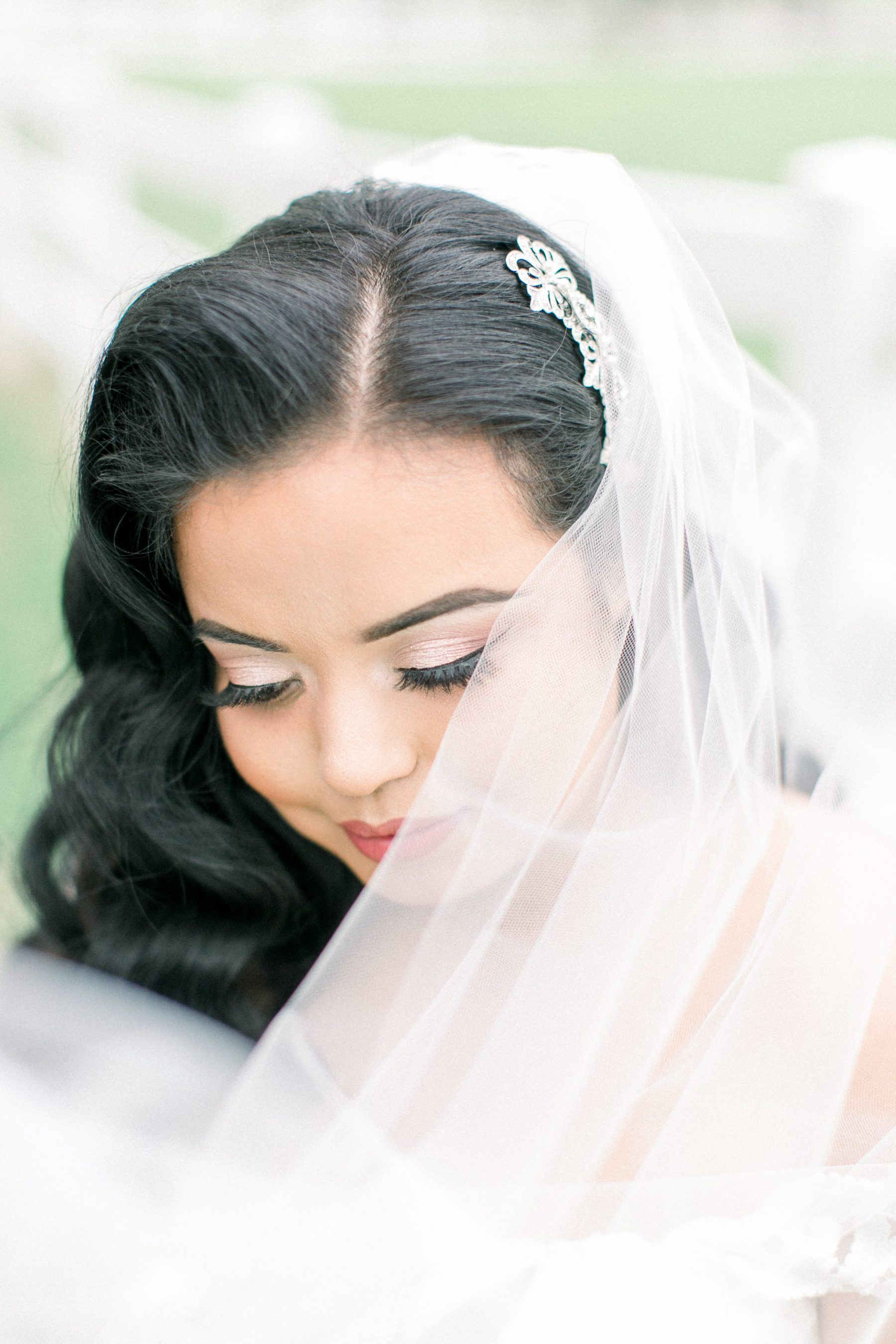 An Elegant English Garden Wedding At The Ryland Inn English Garden Wedding Garden Wedding Bridal Hair And Makeup