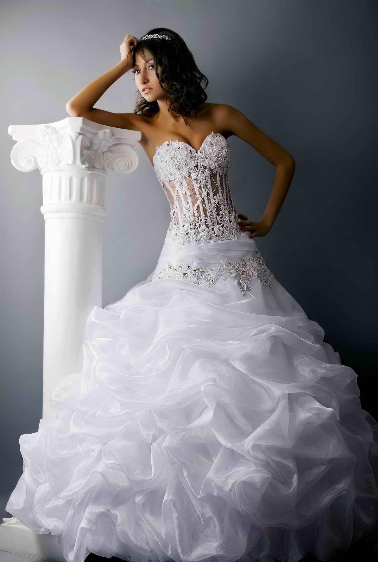 Смотреть красивые свадебные платья картинки