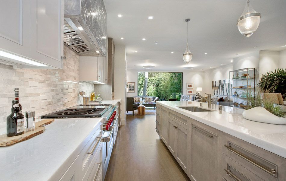 25 Best Small Kitchen Ideas and Designs for 2017 Kitchens