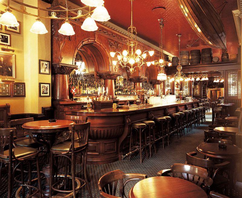 the old english pub vesterbrogade k benhavn deco. Black Bedroom Furniture Sets. Home Design Ideas