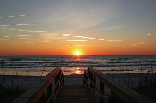 Imagine waking up to this beautiful sunrise every morning! #StAugustineBeach #Florida #CoastalLife www.memoryhopkins.com