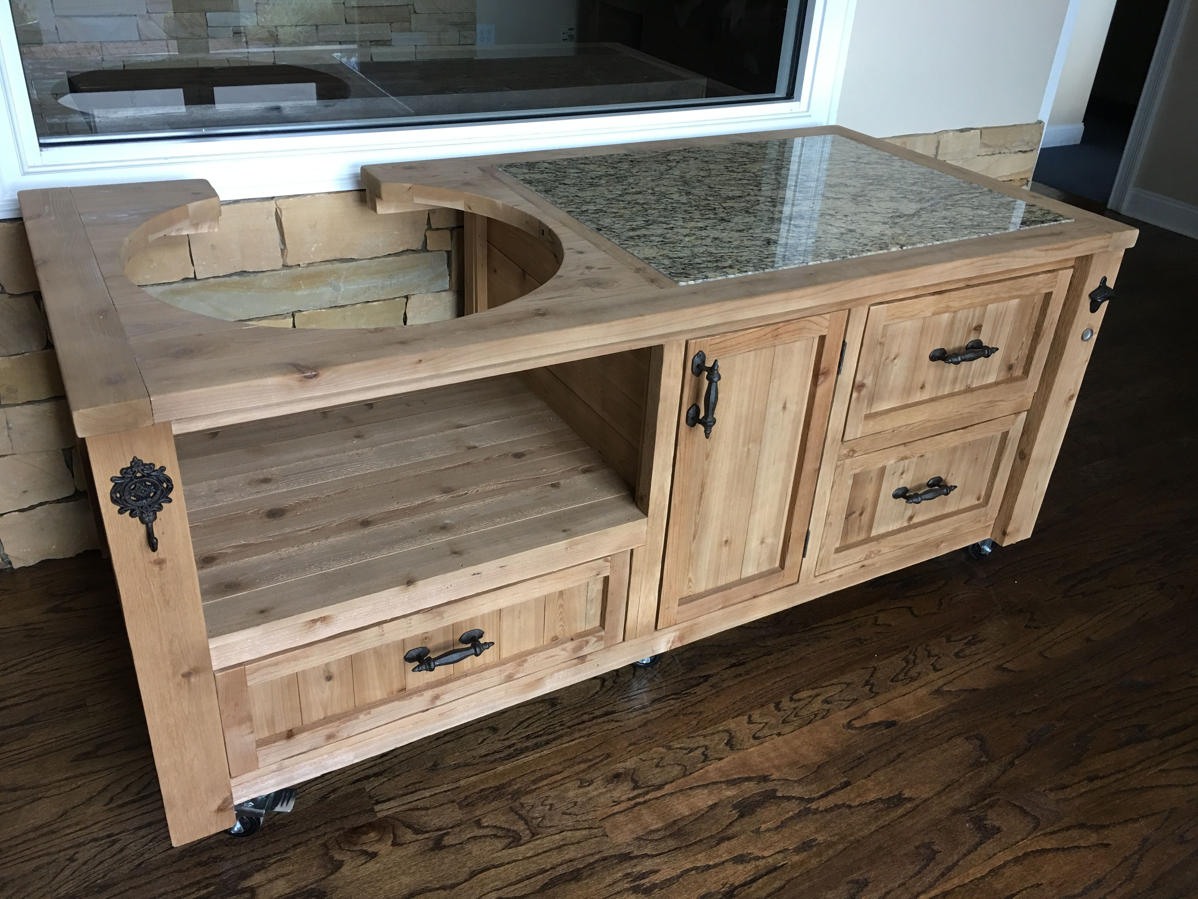 Kamado Joe Big Joe Grill Cabinet With Notch Out For Air