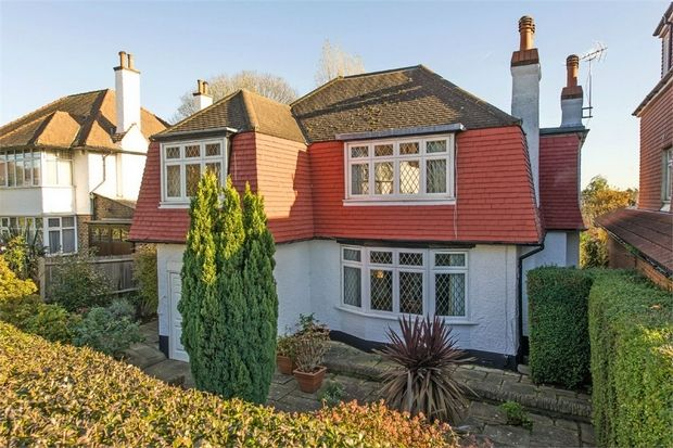 52 chiltern drive berrylands surbiton surrey england.  Lived here for a year in 1976