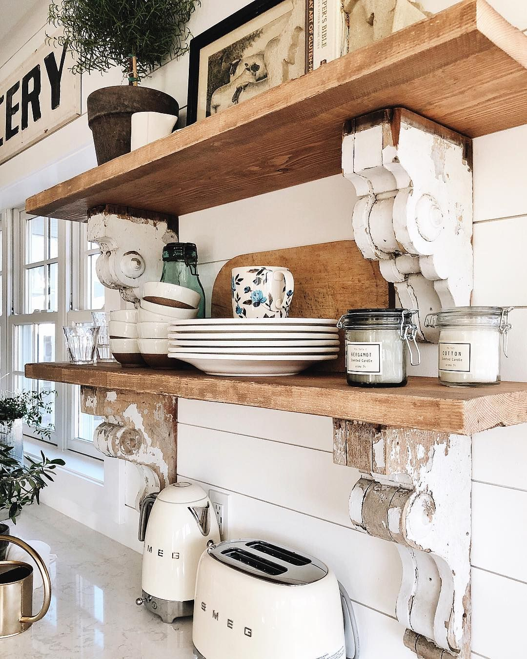 260 9k Followers 2 884 Following 3 832 Posts See Instagram Photos And Videos From Liz Marie Blog Lizmariegalvan At Home Kitchen Styling Kitchen She