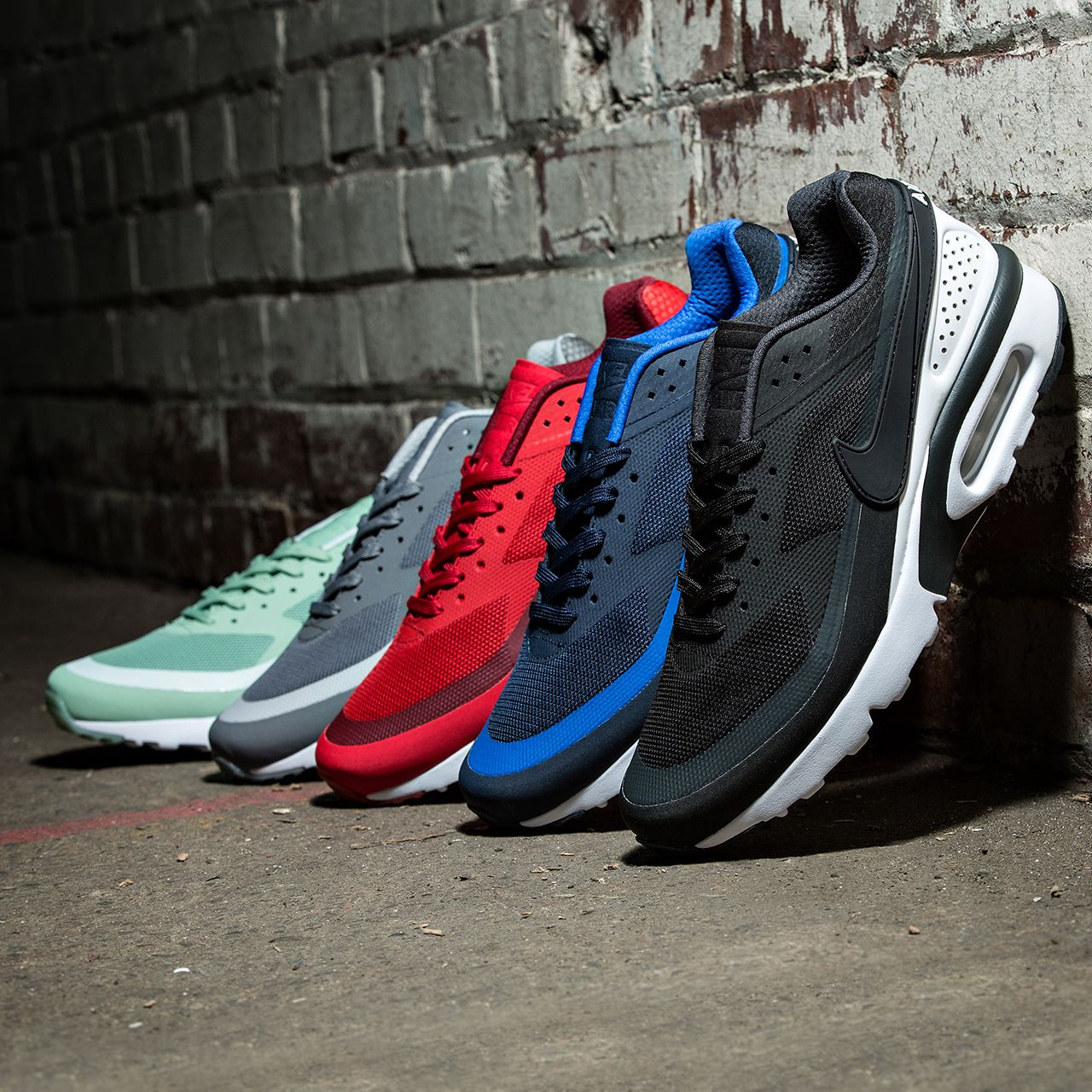 Choose a colour? The Nike Air Max BW Ultra Trainer is ...