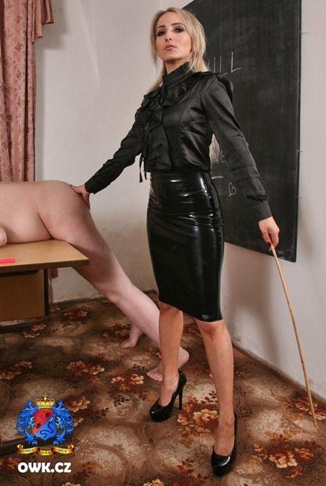 Women who like to spank men