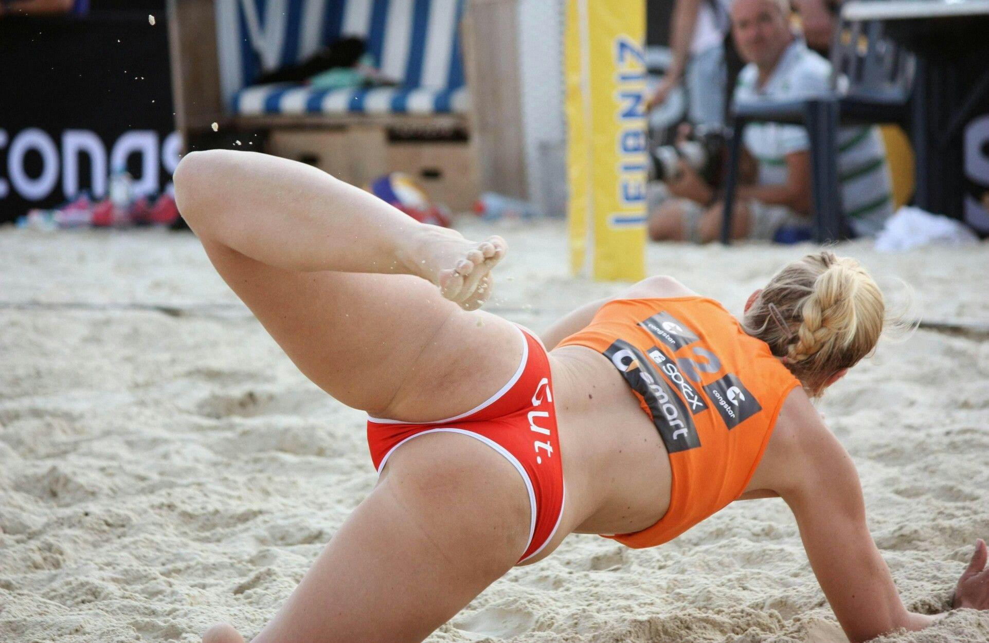 Смотреть горячие спортсменки, Порно со спортсменками, секс с голыми гимнастками 19 фотография