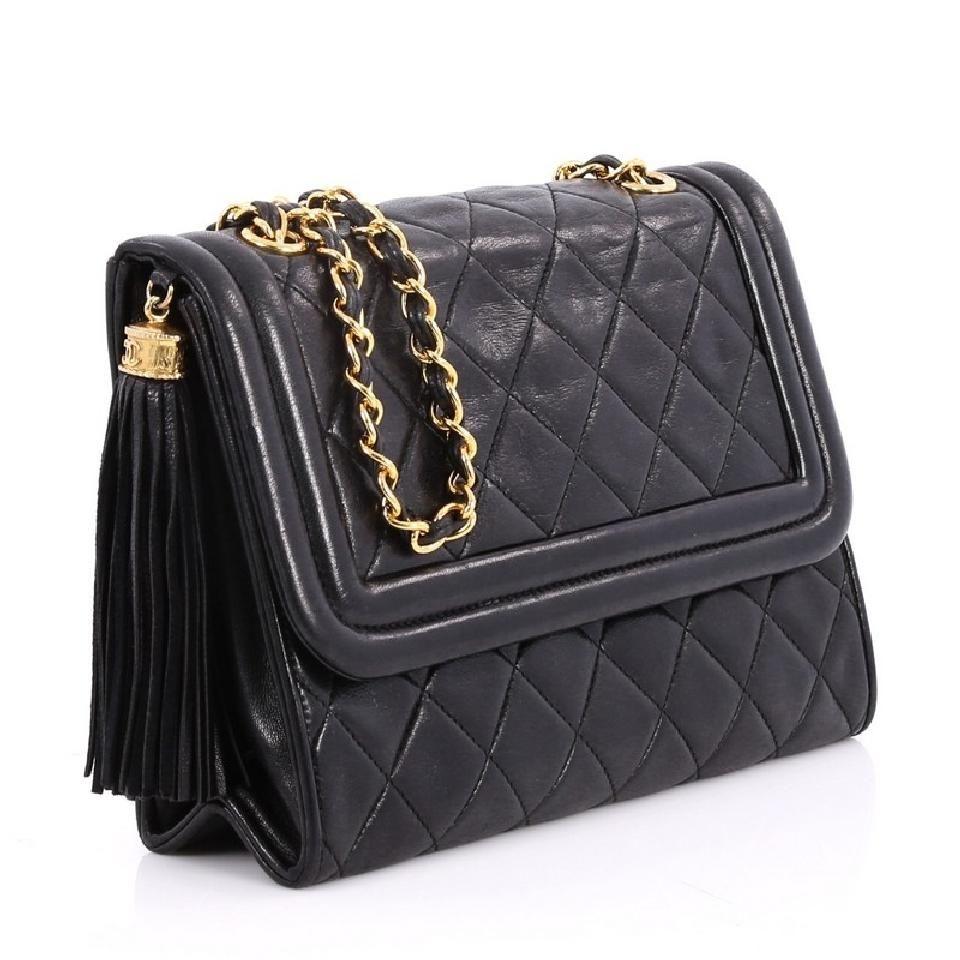 bb15245dc647 Chanel Leather Shoulder Bag