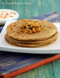 Who can resist a scrumptious paratha? an ideal snack option which can also make a filling meal. In this version, spring onions provide crunch to a wholesome and appetizing stuffing of moong dal.