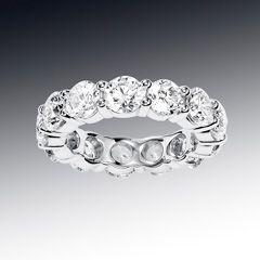 Nyc Wholesale Diamonds Blog Latest Information About Loose Diamonds The Diamond District An Diamond Wedding Bands Diamond Bands Wholesale Diamonds