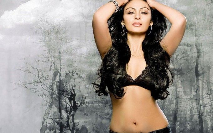 Neeru bajwa sexy photos