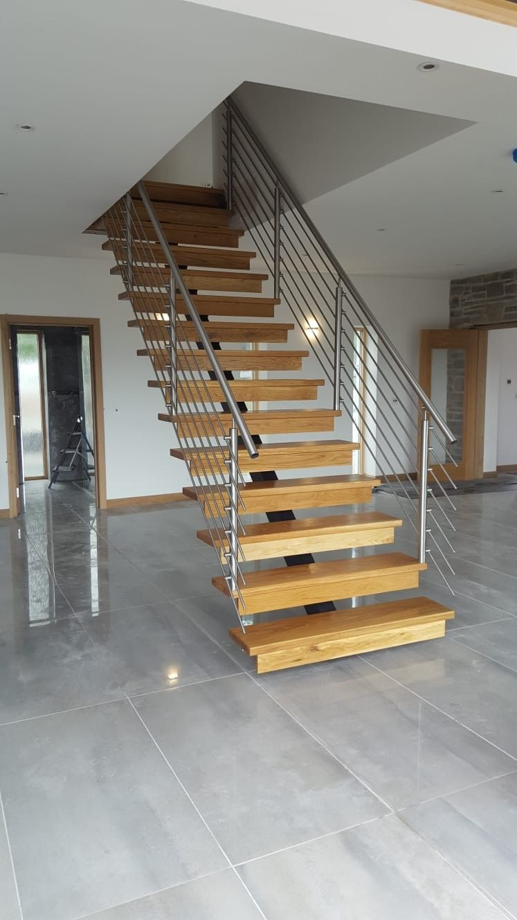 Signature Range Horizontal Single Spine Staircase With Oak
