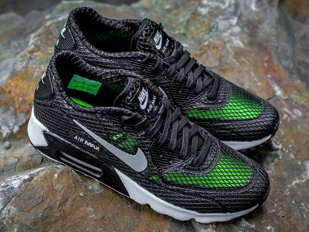 wholesale dealer bcab6 520c2 Nike Air Max 90 Ultra BR Plus Black Volt